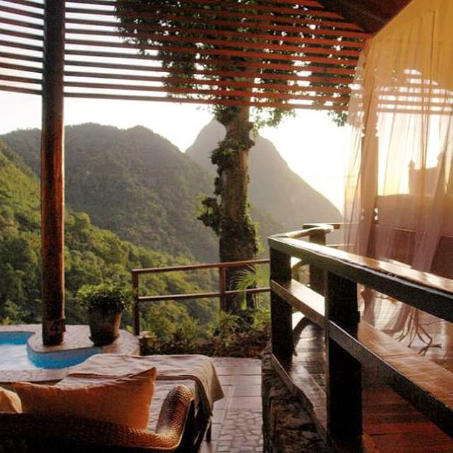 E o sol vem chegando na varanda do quarto... Bom dia St Lucia! ⛅️? #viajandoadois